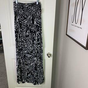 Black white strapless smocked maxi cruise dress